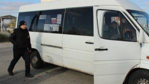 В Запорожье проверяют состояние общественного транспорта: в одной из маршруток выявили неисправность - ФОТО