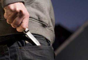 Житель Запорожья во время ссоры подрезал своего знакомого - ФОТО