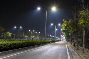 На освещение города из бюджета выделят дополнительно более миллиона гривен