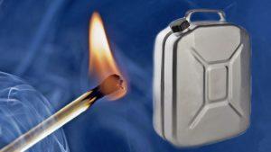 Поссорился с женой: житель Запорожья облил себя бензином и пытался поджечь - ВИДЕО