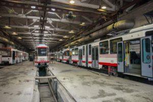 В Запорожье на линии работают шесть европейских б/у трамваев, еще столько же готовят к выпуску - ФОТО