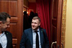 Запорожский депутат пытается через суд добиться встречи с прокурором области