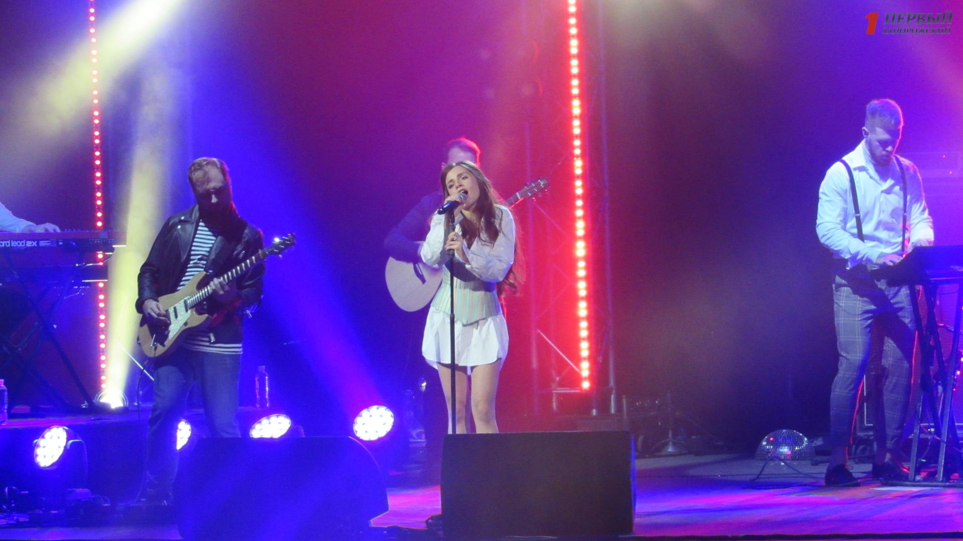 Нежный и чувственный концерт: Христина Соловий презентовала в Запорожье свой новый альбом - ФОТО, ВИДЕО