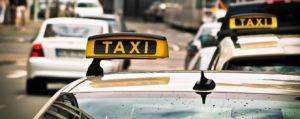 В Запорожской области таксист получит 100 тысяч гривен морального ущерба от мужчины, который едва не лишил его жизни