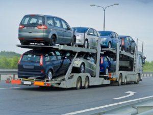 Стало известно, какие автомобили запорожцы перегоняют из-за границы