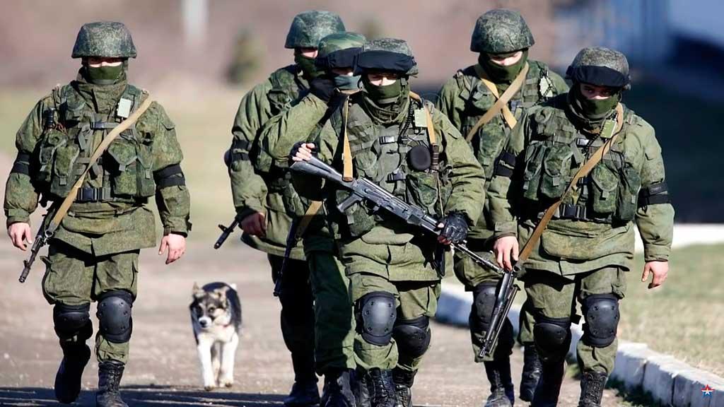 В Украине могут ввести военное положение: что это значит