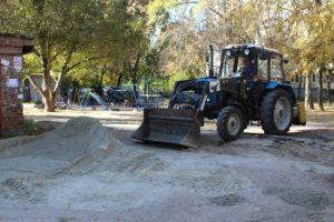 В Александровском районе Запорожья завершают ремонт внутриквартальных дорог - ФОТО