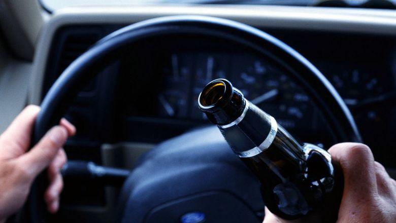 В Запорожье пьяный водитель врезался в забор - ФОТО