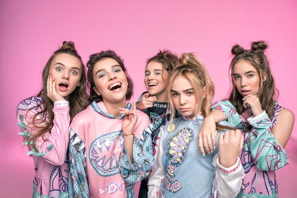 В Запорожье приедет поп-группа Open Kids», чтобы поддержать на конкурсе красоты детишек из интернатов