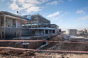 В Запорожье до конца года обещают застеклить новый терминал в международном аэропорту - ФОТО