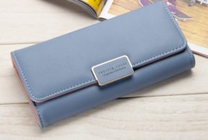 Женский кошелек: как правильно выбрать этот аксессуар
