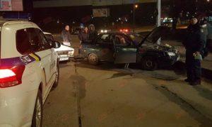 В Запорожской области столкнулись два «ВАЗа»: пассажир одного из авто разбил головой лобовое стекло - ФОТО