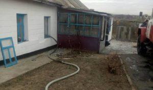 В Запорожской области горел жилой дом: есть пострадавший - ФОТО