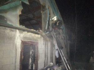 В Запорожской области горел частный дом - ФОТО