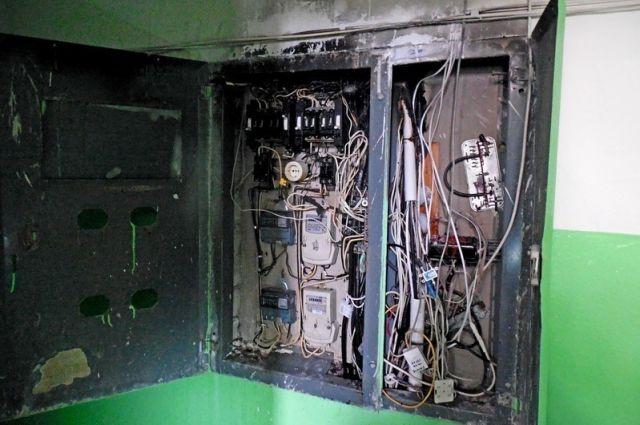 В Запорожской области из-за пожара в электрощитах эвакуировали жильцов многоэтажного дома
