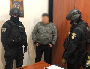 В Запорожской области начальник одного из отделений полиции погорел на взятке и вымогательстве – ФОТО