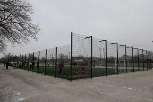 В поселке под Запорожьем появилась современная футбольная площадка - ФОТО