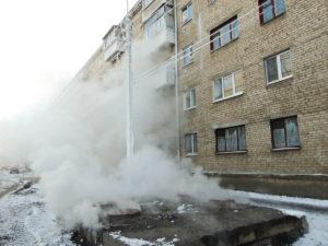 В Запорожье двое мужчин погибли при пожаре на теплотрассе
