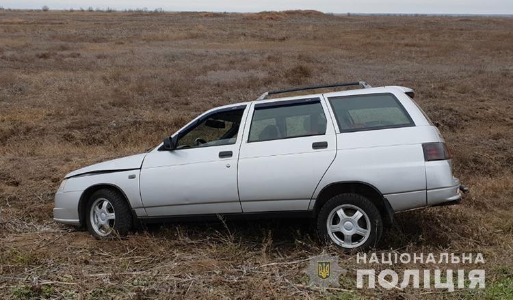 Под Запорожьем молодой парень пьяным угнал машину и попал в ДТП- ФОТО