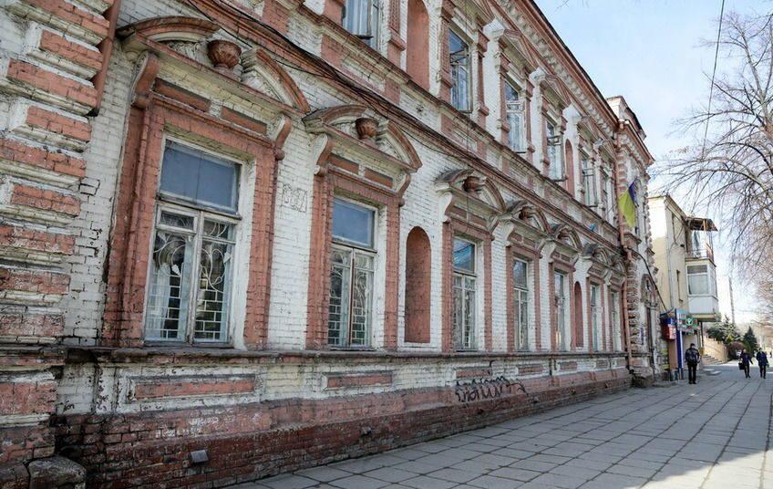 В Запорожье провалили внесение в реестр памятников национального значения особняка Бадовского