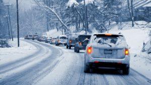 В Запорожской области в связи с непогодой временно ограничили движения на некоторых участках дорог