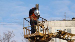 В Запорожье на территории одного из детских садов установили современные светильники - ФОТО