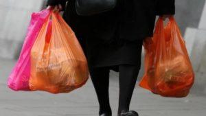 В Запорожье предлагают запретить использование полиэтиленовых пакетов