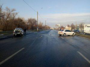 В Запорожье на Набережной магистрали столкнулись две легковушки - ФОТО