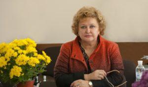 Ректор Бердянского университета, которая пыталась дать замминистру образования 10 тысяч долларов взятки, не явилась в суд