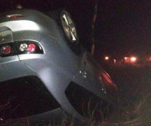 В Запорожской области «Mazda» вылетела в кювет и перевернулась - ФОТО