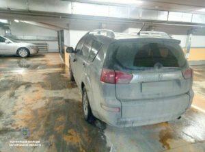 В полиции рассказали подробности заминирования авто на паркинге ТРЦ - ФОТО
