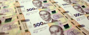 В Запорожской области увеличился размер средней зарплаты: кто получает больше всего