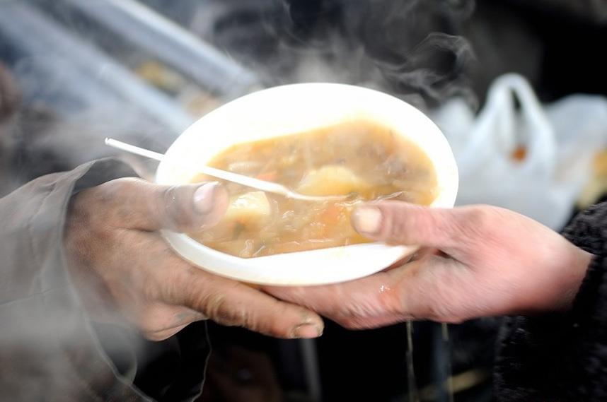 На территории Запорожской области продолжают работать пункты горячего питания - АДРЕСА