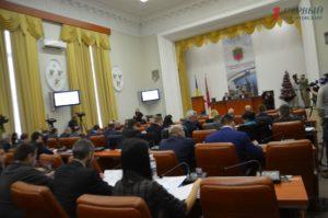 МАФы, транспорт, видеонаблюдение и управляющие компании: запорожские депутаты соберутся на первую сессию 2019 года