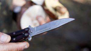В Запорожье военный во время драки ранил мужчину ножом