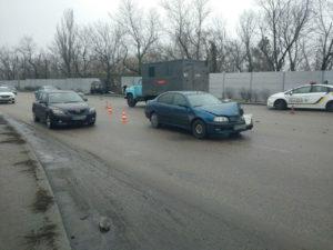 В Запорожье на Хортице произошло ДТП с участием четырех автомобилей - ФОТО