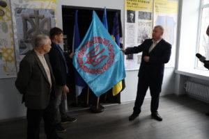 В Запорожье в краеведческом музее открыли выставку, посвященную 100-летию герба Украины - ФОТО