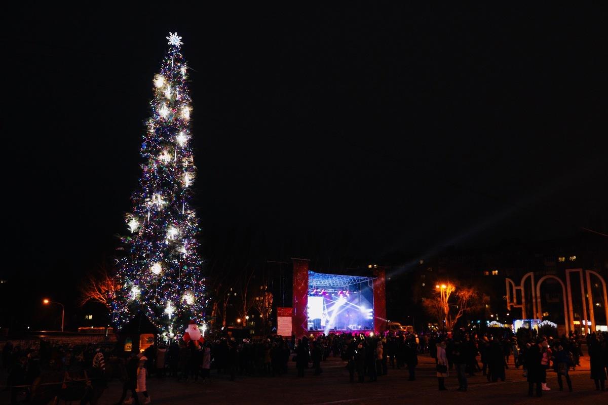 Казачьи представления, молитва и концерт: жителей Запорожья приглашают отпраздновать Рождество на центральной площади