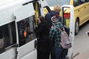 В Запорожской области объявили войну нелегальным перевозчикам: треть работают «в тени»