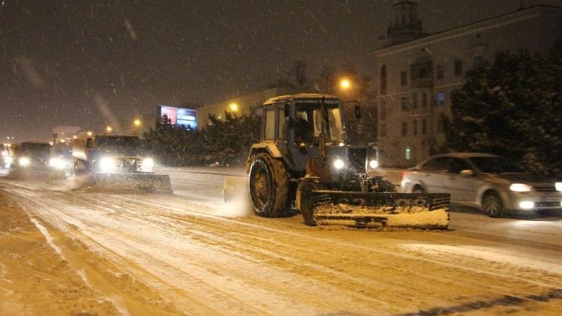 Запорожцев призывают поспособствовать работе спецтехники в непогоду и не оставлять автомобили на обочинах