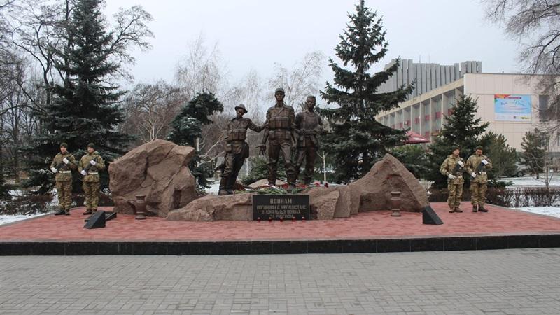 В Запорожье ветеранам-афганцам выплатят 327 тысяч гривен помощи