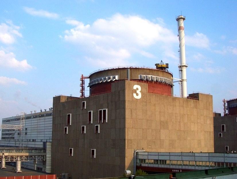 На Запорожской АЭС из-за срабатывания защиты отключили один из энергоблоков