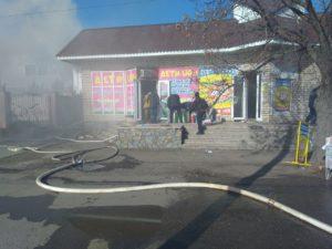 В Запорожской области горел магазин детских товаров - ФОТО