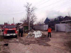 В Запорожье 19 спасателей тушили пожар в двухэтажном частном доме - ФОТО, ВИДЕО