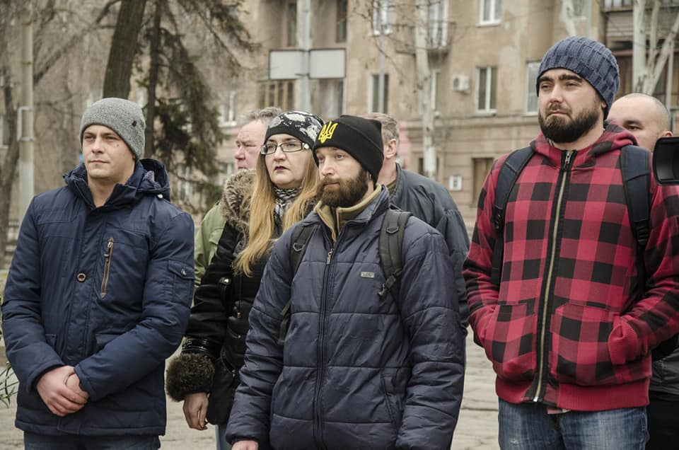 Запорожцы почтили память погибших в боях под Дебальцево - ФОТО