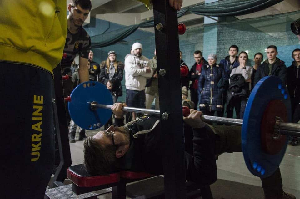 В Запорожье состоялся аматорский турнир по жиму лежа - ФОТО