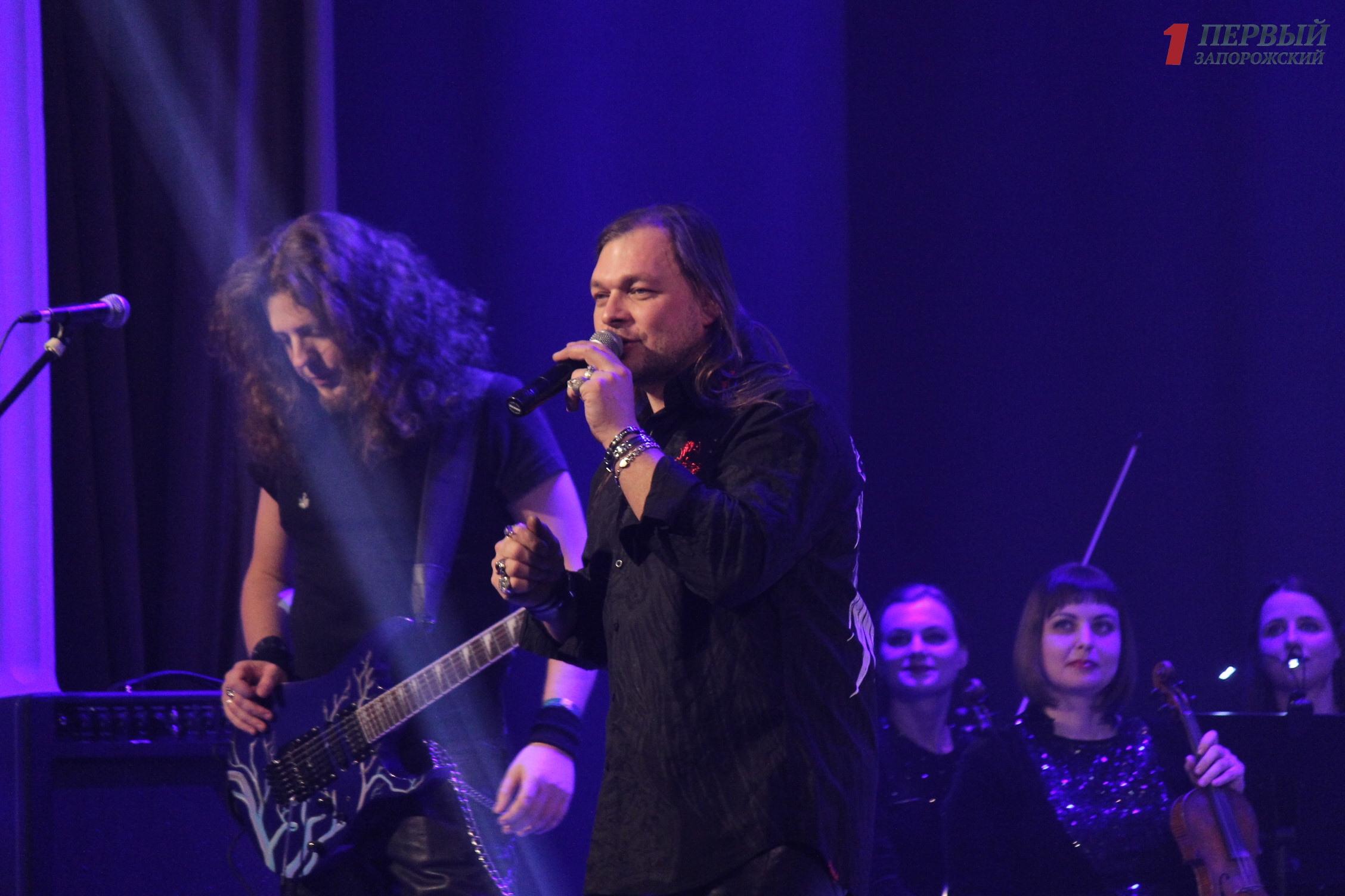 Концерт Hard Rock Show в Запорожье: знаменитые рок-песни приобрели новое симфоническое звучание - ФОТО