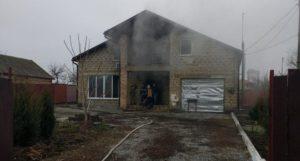 В Запорожской области из-за зарядки для телефона едва не сгорел жилой дом - ФОТО