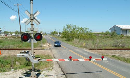 Запорожские депутаты предлагают установить новый железнодорожный переезд в Днепровском районе