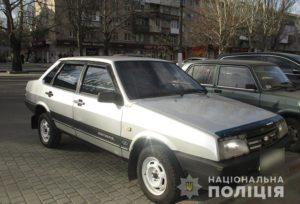 В Запорожской области злоумышленник угнал автомобиль около магазина - ФОТО